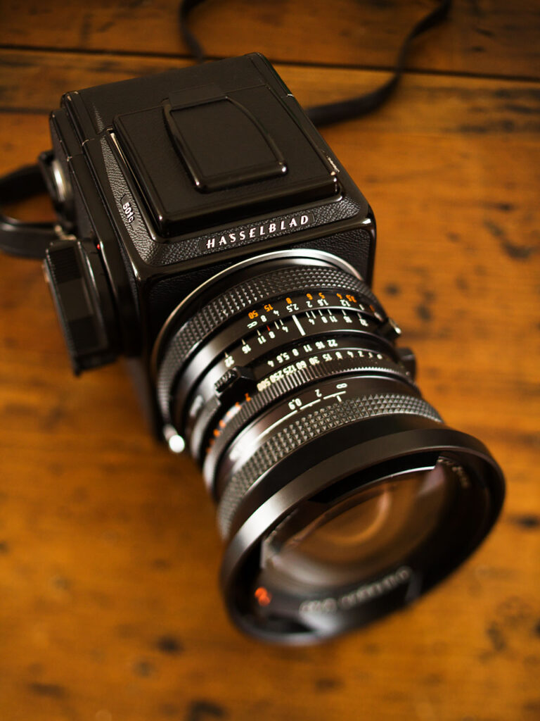 Hasselblad 501C with CF 40 mm Distagon FLE